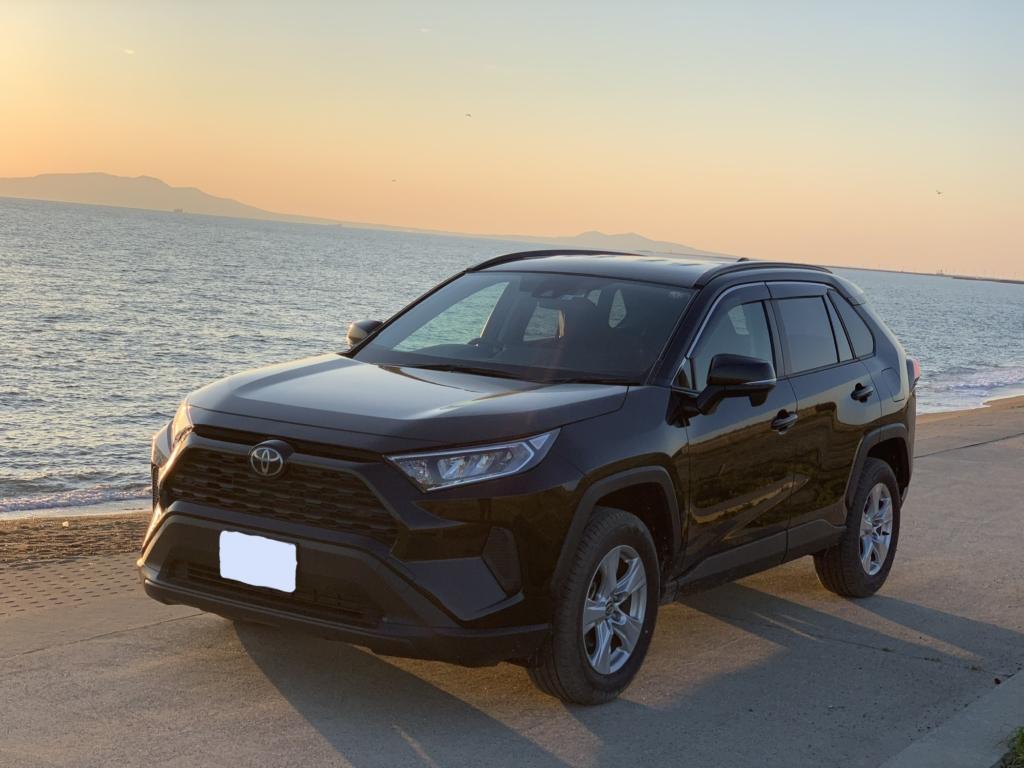 新型RAV4 TOYOTA ラブ4 トヨタ 2019  アウトドア 荷物 たくさん ラゲッジ トランク 広い 車 グレード X 安い 高い
