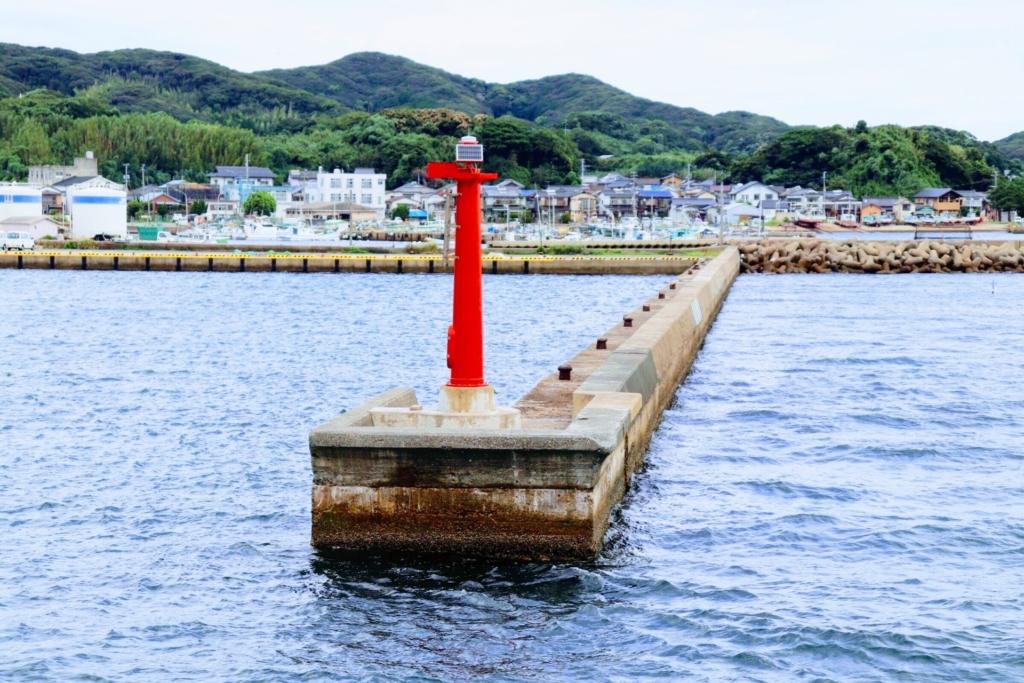 穴釣り 爆釣 大漁 ポイント選び 場所選び 根魚 メバル カサゴ ソイ 堤防の先端