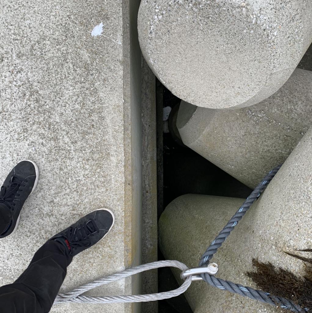 穴釣り 爆釣 大漁 ポイント選び 場所選び 根魚 メバル カサゴ ソイ 隙間